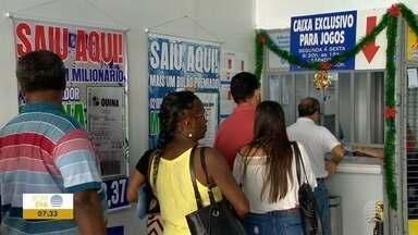 Lotéricas ficam movimentadas para jogos da Mega da Virada - Muita gente resolveu tentar a sorte neste fim de ano.