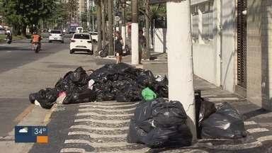 Moradores de São Vicente amanhecem sem serviço de coleta de lixo - Empresa vencedora de licitação irá assumir o serviço de coleta no município.