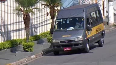 Motoristas de vans do transporte escolar de Poá precisam passar por vistoria da Prefeitura - Prazo vai até o dia 17 de janeiro.