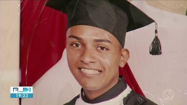 Duas famílias procuram por parentes desaparecidos em Volta Redonda - Diogo Dias Alves, de 26 anos, é de Barra Mansa e foi visto pela última vez no Cais do Aterrado. Já Rafael Henrique Lucas Gonçalves, de 26 anos, estava no bairro Belmonte quando foi visto pela última vez.