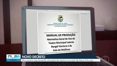 Novo decreto regulamenta utilização do teatro municipal de Nova Friburgo, no RJ - No fim do ano passado, a Secretária de Cultura publicou um decreto que regulamenta o uso do espaço.