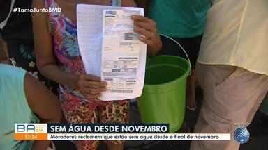 Moradores de Fazenda Grande do Retiro reclamam que estão em água - Eles contam com solidariedade.