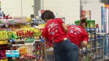 Recife tem o terceiro maior reajuste de cesta básica no Brasil, segundo o Dieese - Consumidores reclemam dos valores dos produtos
