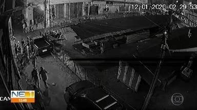 Família cobra explicações sobre morte de jovem baleado em festa no Ibura - Vídeos mostram viaturas policiais chegando uma hora antes da festa e uma explosão, que parentes acreditam que pode ser de tiro ou bomba de efeito moral.