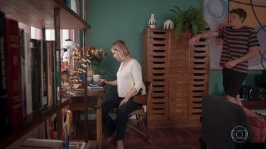 Filipe pede a Lígia que o deixe levar Nina para ver Rita - Lígia não gosta da ideia
