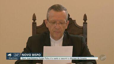 Dom José Roberto Fortes Palau toma posse na diocese de Limeira - Cerimônia foi realizada neste sábado (18). Bispo é o sexto a assumir o cargo e foi nomeado pelo Papa Francisco.