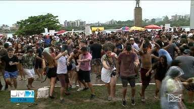 Blocos na Beira-Mar, Praia Grande e Madre Deus agitam pré-carnaval em São Luís - Animação para época mais festiva do ano começam a esquentar no Centro da capital maranhense.