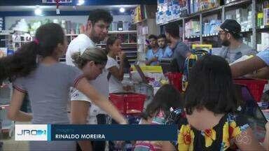 Período de volta às aulas aquece vendas nas papelarias em Ariquemes - Comerciantes da cidade capricham na variedade para agradar principalmente a criançada.