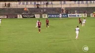 Altos vence o Flamengo-PI por 2 a 0 e vira líder do Piauiense - Altos vence o Fla-PI por 2 a 0 e vira líder do Piauiense