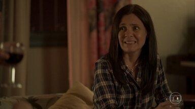 Thelma reflete sobre morar em Portugal - A mãe de Danilo se empolga para a viagem