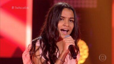 Giovana Costa canta 'Canarinho Prisioneiro' nas Audições às Cegas - Confira!