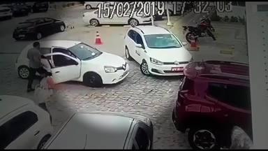 Briga de trânsito - João Pessoa - Vídeo de briga de trânsito em João Pessoa, na Paraíba