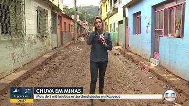 Em Raposos, na região metropolitana, 2.000 famílias estão desalojadas e 500 desabrigadas - Cidade está destruída pela chuva do final da semana passada, ruas estão tomadas pela lama.