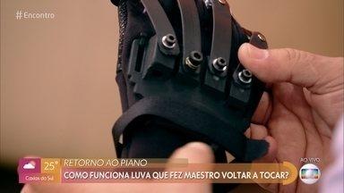 Designer industrial conta como criou luva biônica para maestro João Carlos Martins - Ubiratan explica o estudo que precisou fazer dos movimentos do maestro
