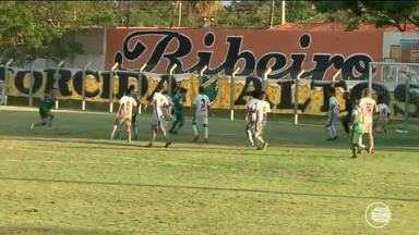Jacaré derrota o Piauí por 2 a 1, de virada, na terceira rodada. - Jacaré derrotou o Piauí, por 2 a 1, de virada, na terceira rodada.