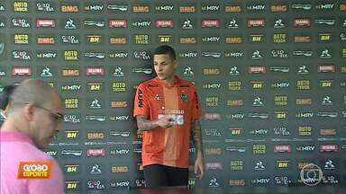 Apresentado no Atlético-MG, Guilherme Arana revela sua relação com a família e o número 13 - Apresentado no Atlético-MG, Guilherme Arana revela sua relação com a família e o número 13