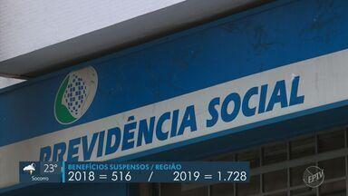Cresce número de pessoas que deixaram de receber benefício do INSS na região de Campinas - Nas 10 maiores cidades da região, o numero de suspensões passou de 516 em 2018 pra 1.728 em 2019. Limeira foi o município que registrou o maior aumento, de 342%.