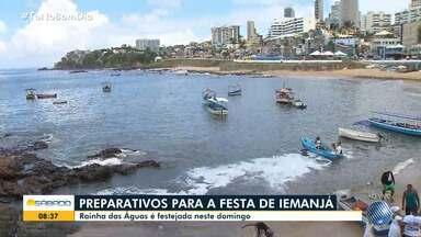 Confira os preparativos para a Festa de Iemanjá, no Rio Vermelho, em Salvador - O dia oficial da festa foi no domingo (2) mas o bairro de Rio Vermelho ficou movimentado desde o sábado (1).