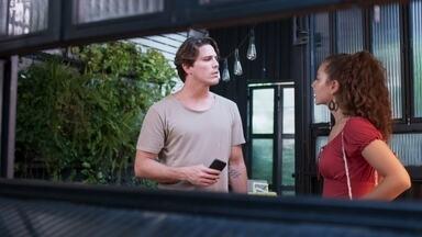 Rita pergunta se foi Leila que conseguiu as provas contra Lara - Rui garante que Lígia sempre soube que a irmã subornou Isaura para depor contra Rita