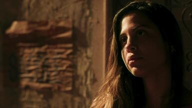 Capitulo de 10/02/2020 - Anjinha se desespera ao saber da prisão de Marco. Lígia aceita conversar com Rita sobre a guarda compartilhada de Nina. Rui pede que Leila descubra por que Lígia se afastou de Lara. Henrique fica confuso com o plano de Fafi para aproximá-lo de Andressa. Regina anuncia que fará um brechó em sua casa, e Max se incomoda. Meg fica doente. Carla revela que as acusações contra Marco se agravaram.