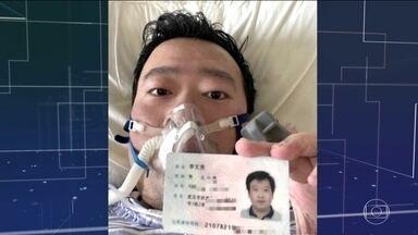 Na China, morre médico que foi um dos primeiros a alertar para o novo coronavírus - Em mais um dia de recorde de novos casos no país, bebê nasceu infectado. China transmite ao vivo movimentação em hospitais improvisados.