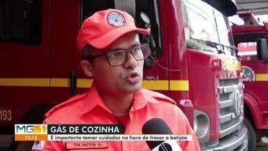 Bombeiro explica sobre os cuidados que se deve ter, na hora de trocar um botijão de gás - Em caso de incêndio, o telefone de emergência do corpo de bombeiros é o 193.
