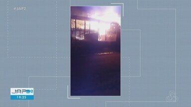 Duas casas são destruídas em incêndio no distrito do Cupixi, em Porto Grande - Duas casas são destruídas em incêndio no distrito do Cupixi, em Porto Grande