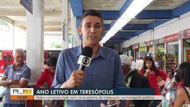 Aulas começam com novo sistema de integração no transporte público de Teresópolis, no RJ - Volta às aulas começou nesta segunda-feira (10) no município.