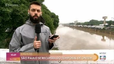 São Paulo se recupera do temporal desta segunda-feira - Cauê Fabiano mostra a situação na região do morro do Socó em Osasco, onde houve um deslizamento