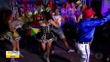 Prévia carnavalesca Baile Perfumado anima foliões recifenses - Festa está programada para a noite desta quinta-feira (13), às 18h, no Pátio do Terço, no Bairro de São José.