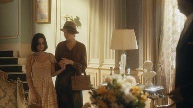 Adelaide leva Justina ao consultório de Selma - Higino se preocupa com a reação de Emília ao descobrir