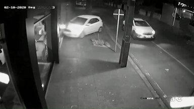 Suspeito de jogar o carro contra ex é preso - Colisão entre os dois carros aconteceu na Zona 7.