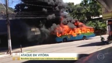Criminosos disparam em avenidas de Vitória, depredam carros e obrigam lojas a fechar - Tiroteio gerou desespero em que estava nas avenidas Leitão da Silva e Marechal Campos. Na Avenida Maruípe, um ônibus foi incendiado.