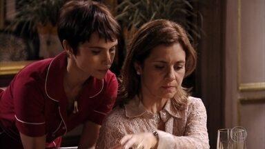 Nina exige que Carminha não deixe Max voltar para casa de Tufão - Tufão tenta entender o que está acontecendo com Carminha