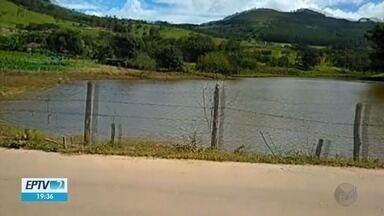 Risco de rompimento de açude faz parte de estrada rural ser interditada em Poços de Caldas - Risco de rompimento de açude faz parte de estrada rural ser interditada em Poços de Caldas