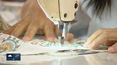 Desemprego caiu na capital paulista impulsionado principalmente pelo trabalho informal - Mais de 1 milhão de pessoas trabalham sem carteira assinada em São Paulo, de acordo com o IBGE.
