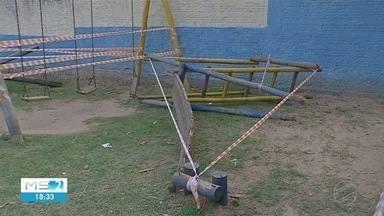 Criança morre em parquinho de Corumbá - Uma menina de três anos morreu após um escorregador de madeira cair sobre a sua cabeça
