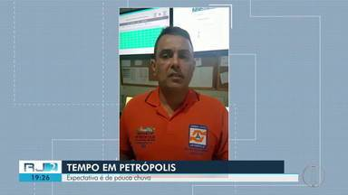 Defesa Civil fala sobre o monitoramento de Petrópolis, RJ, após chuva e deslizamentos - Uma pessoa morreu soterrada na cidade.