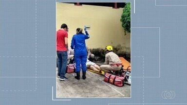 Continua internado casal que teve queimaduras após gás de botijão explodir - Eles estavam trocando o botijão quando acidente aconteceu.