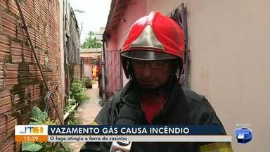 Vazamento de gás de cozinha provoca incêndio em Santarém - Incidente aconteceu no bairro Jardim Santarém. Ninguém ficou ferido.