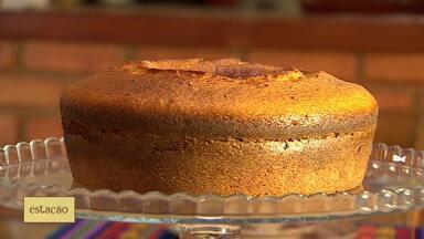 Aprenda a fazer um bolo de fubá - Receita foi elaborada pela dona de casa Acácia Barros.