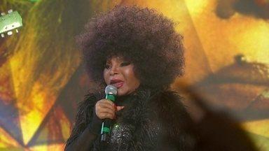 Elza Soares canta no palco do Fantástico - Elza Soares canta no palco do Fantástico