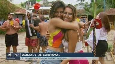 Bloco do Urso se torna ponto de encontro para velhos e novos amigos no carnaval - Casas e repúblicas reúnem milhares de foliões