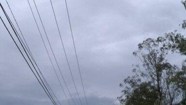 Quarta-feira de Cinzas tem previsão de chuva durante a tarde - A previsão é de 30 milímetros de chuva para esta quarta. O ar deve continuar abafado e a temperatura máxima prevista é de 26 graus.