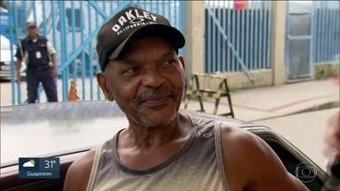 Cariocas opinam sobre quem leva o título do carnaval 2020 - Nas ruas do Rio, a pergunta é a mesma: quem leva o título do carnaval do Grupo Especial? Confira.