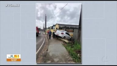 Acidentes provocam congestionamentos na avenida Arthur Bernardes, em Belém - Acidentes provocam congestionamentos na avenida Arthur Bernardes, em Belém