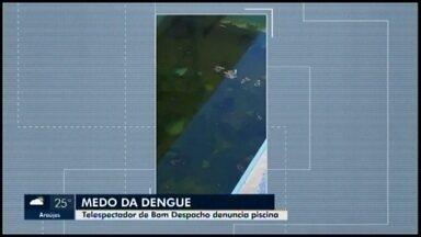 Telespectador denuncia piscina abandonada no Bairro Ozanam em Bom Despacho - O MG1 procurou a Prefeitura sobre a reclamação. O Executivo explicou que mesmo suja, a água da piscina está sendo tratada pela equipe da Vigilância.