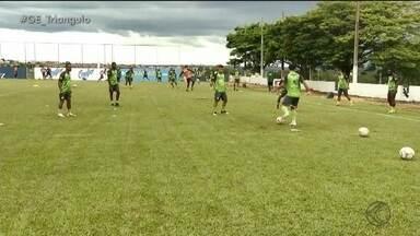 Uberlândia ajusta equipe para jogo contra o Cruzeiro em Belo Horizonte - Jogo contra a Raposa é neste domingo, no Mineirão