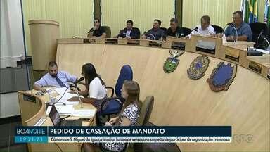 Pedido de cassação do mandato da vereadora Flávia Dartora - Câmara de São Miguel do Iguaçu analisa futuro de vereadora suspeita de participar de organização criminosa.