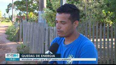 Quedas de energia deixam moradores de Linhares, ES, no prejuízo - Teve gente que já perdeu geladeira, televisão e ventilador.